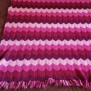 Burgundy ombre chevron blanket